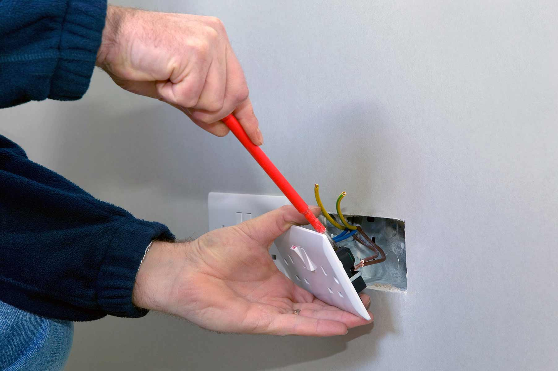 Our electricians can install plug sockets for domestic and commercial proeprties in Orpington and the local area.